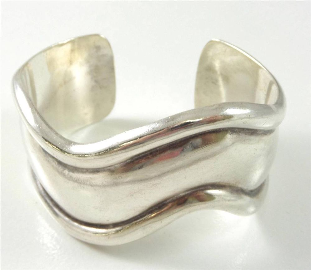 Vintage sterling silver heavy wavy design cuff bracelet