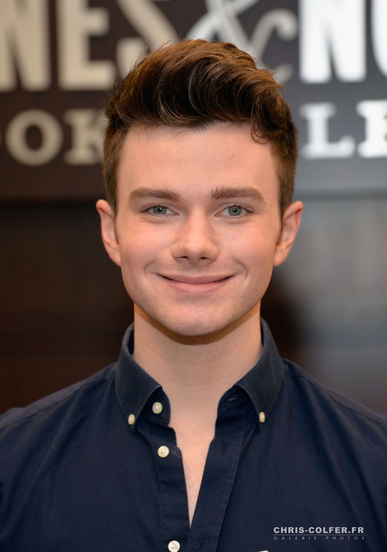 chris colfer mother