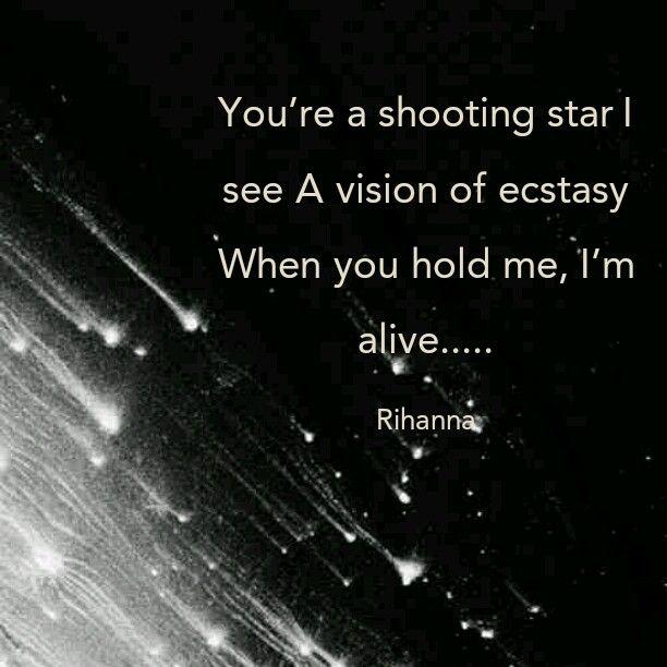 Pin By Fonda On Lyrical Musings Diamonds Lyrics Rihanna Diamonds Diamonds Rihanna Lyrics