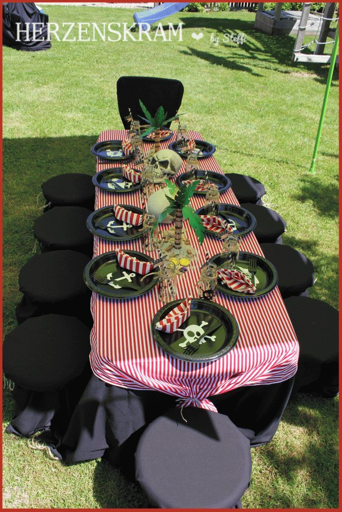 piratenparty tischdeko pirate party table. Black Bedroom Furniture Sets. Home Design Ideas