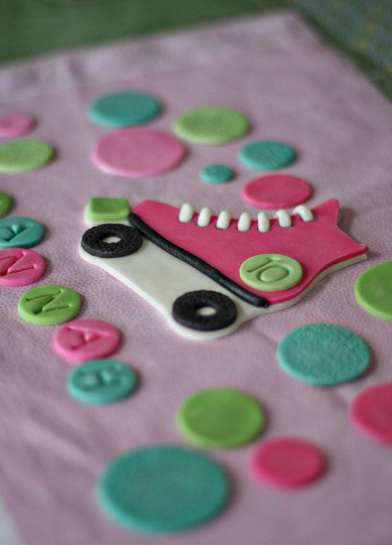 Fondant Roller Skate Cake Topper With Polka Dots Name And Etsy Roller Skate Cake Fondant Roller Fondant Cupcakes