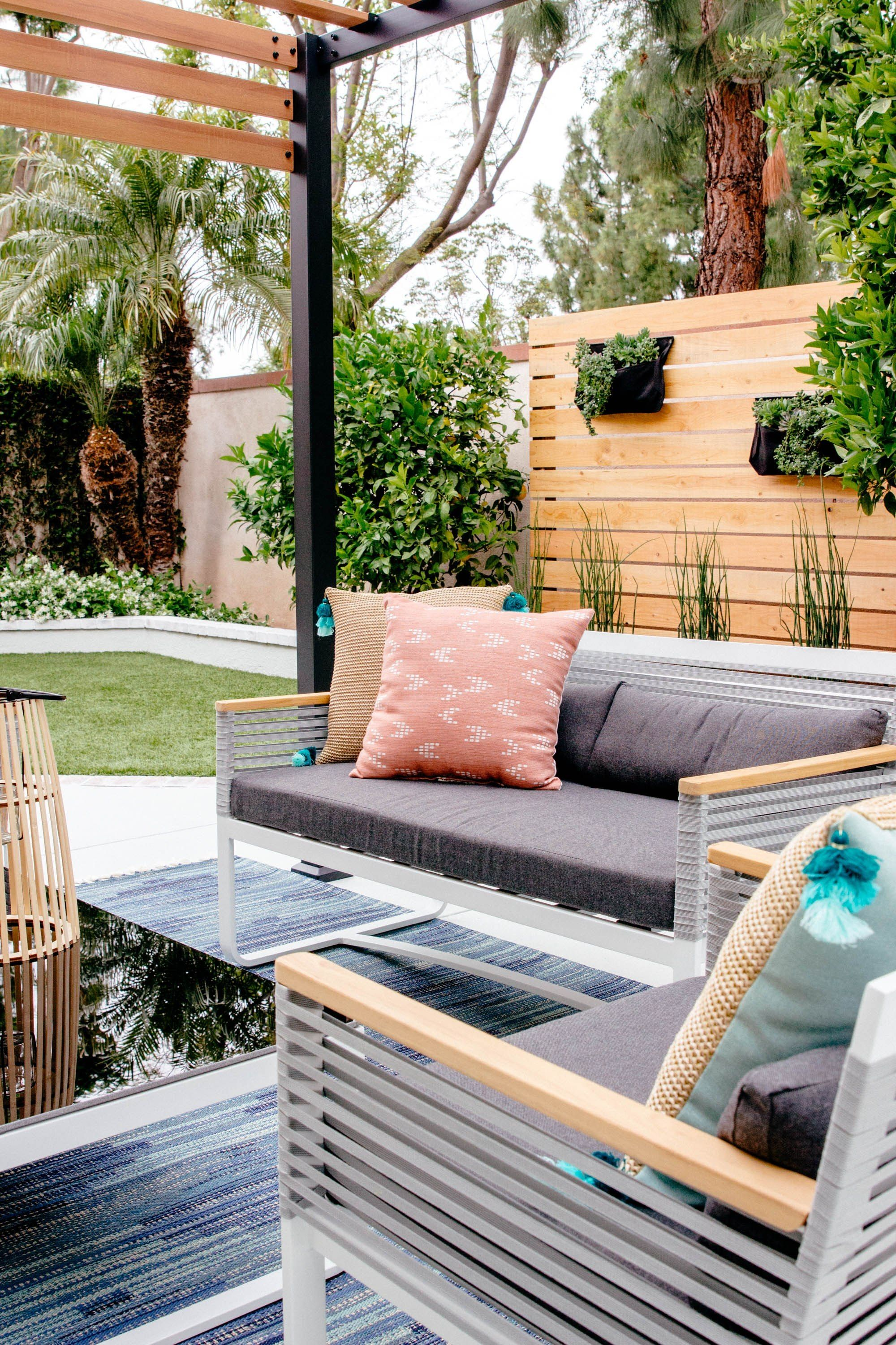 Backyard Makeover Patio Furniture With Images Modern Outdoor