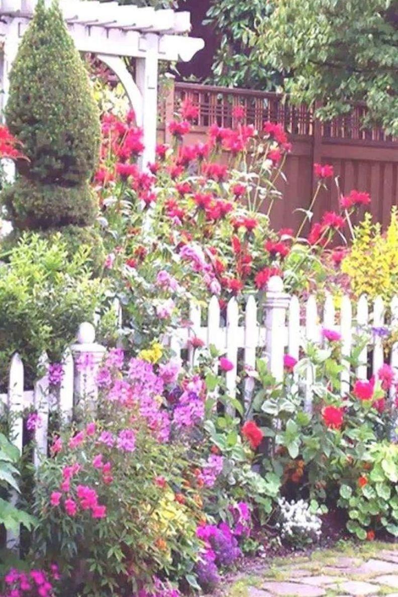 Stunning Front Yard Cottage Garden Inspiration Ideas In 2020 Cottage Garden Design Small Cottage Garden Ideas Cottage Garden