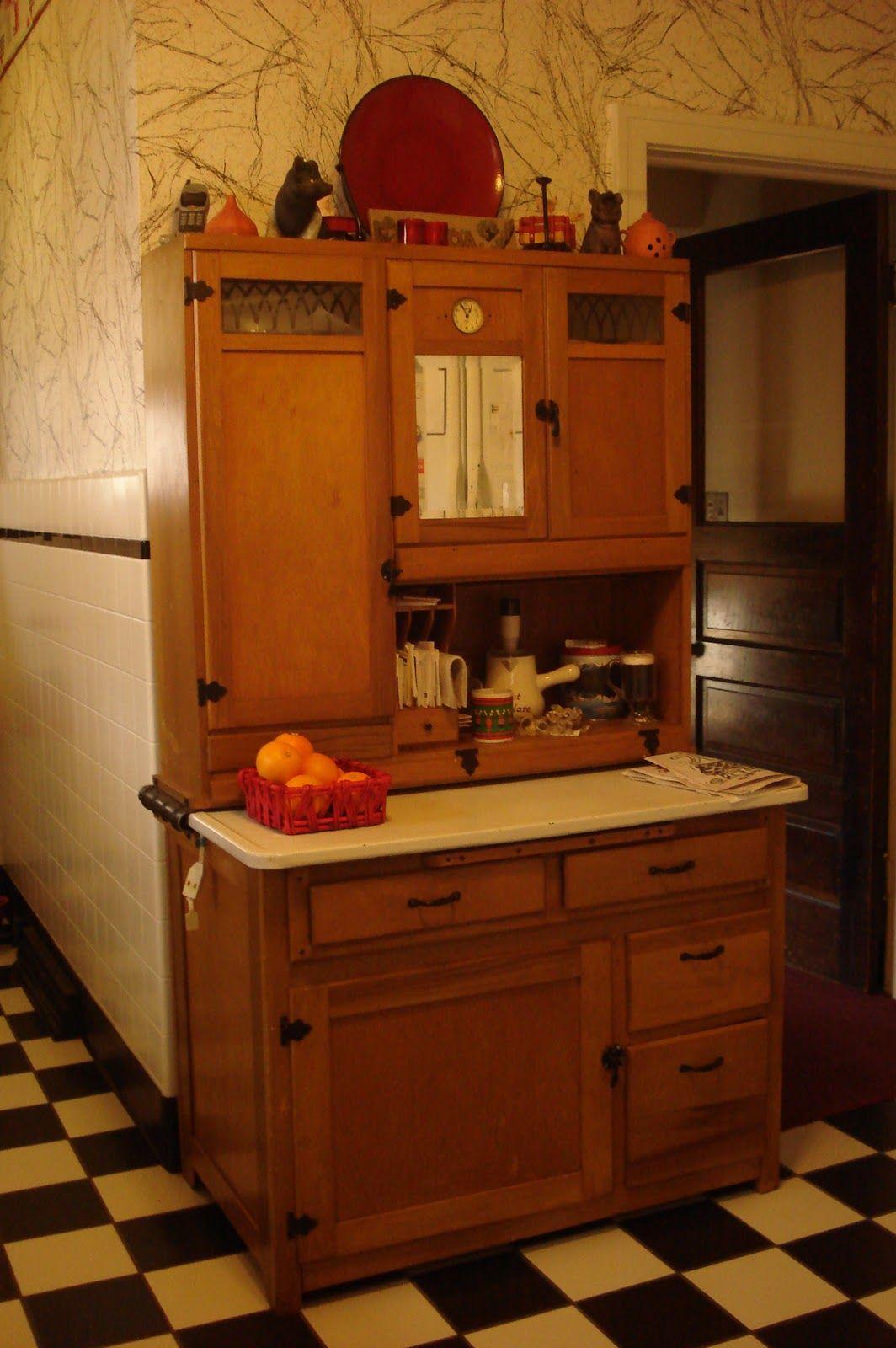 Estate Sale Listing Kitchen Cabinet Styles Retro Kitchen Kitchen Paint Design