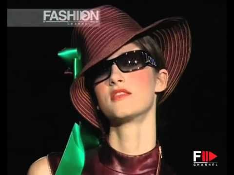 VALENTIN YUDASHKIN Spring Summer 2005 Milan Pret a Porter by Fashion Channel http://www.youtube.com/watch?v=-rnPqcEmqys #FashionChannel