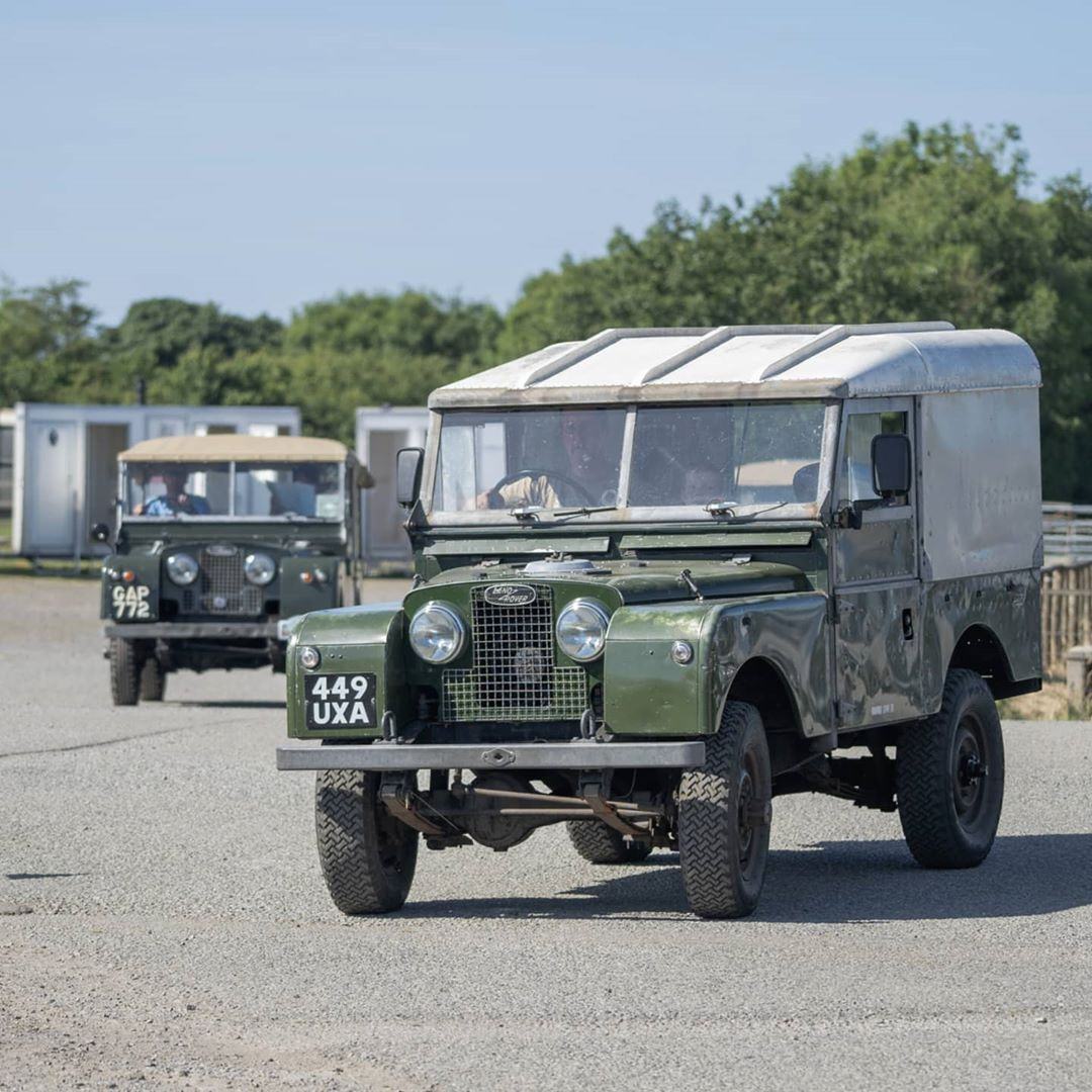 """Pin on Land Rover Series 1 80"""", 86"""", 88"""", 107"""" and 109"""""""