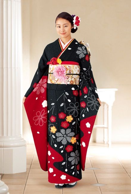 Japanese traditional dress, Kimono, for coming of age ...