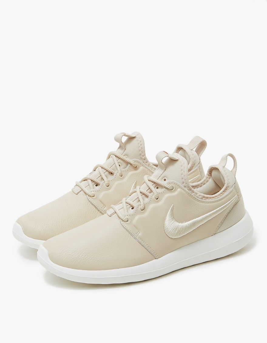 8fbf0fe689 Roshe Two SI from Nike in Oatmeal. Premium leather upper. Round toe.  Lace-up front with round woven laces. Lightly padded tongue.