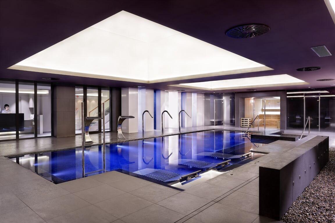 hotel crowne plaza barcelona the white wellness spa, Badezimmer ideen