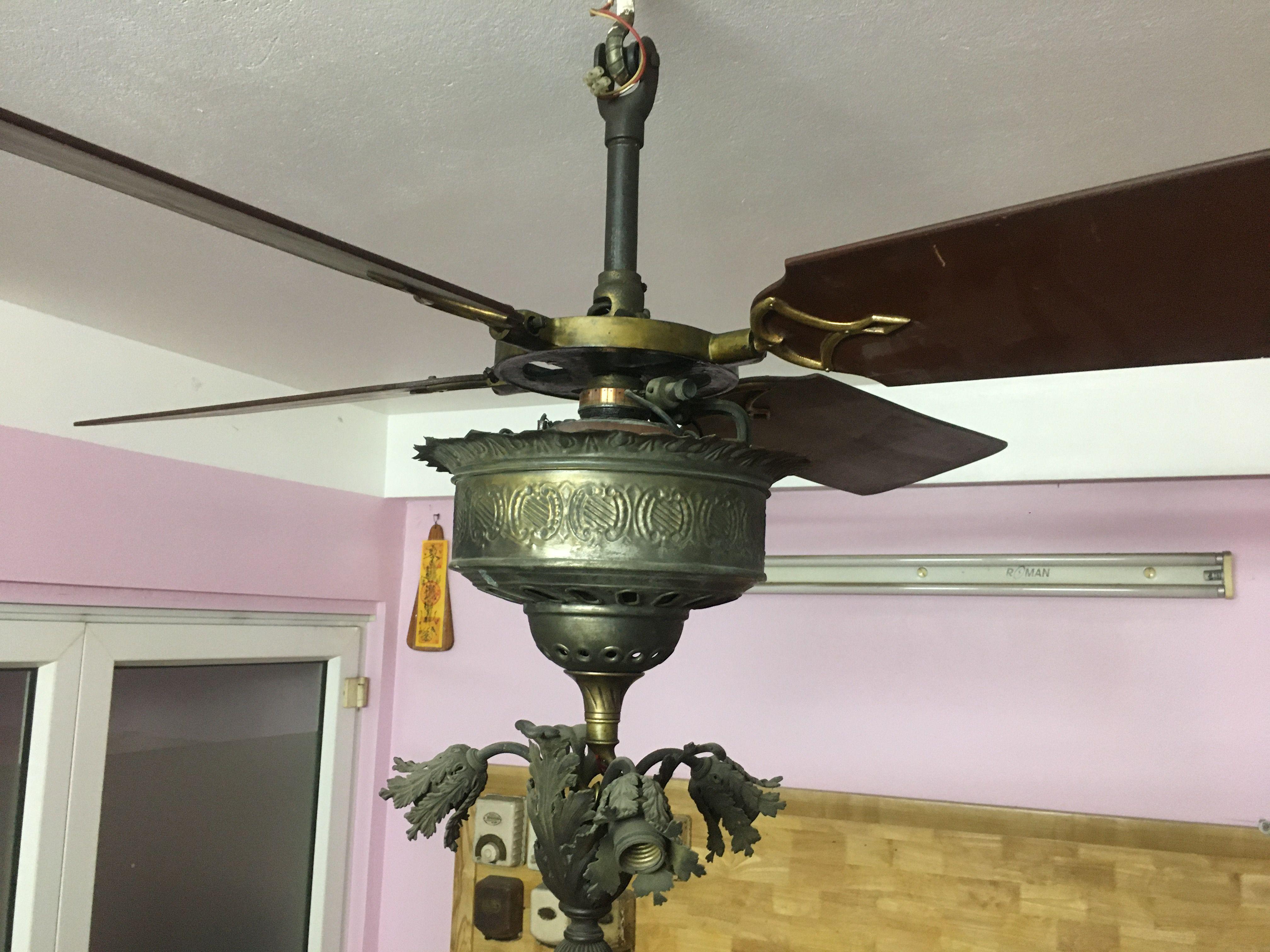 Pin By Dan Nguyen201 On Antique Ceiling Fans Antique Ceiling Fans Ceiling Fan Decor