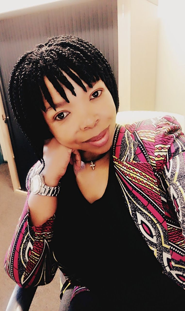 Pin By Sane Buthelezi On Hairstyle Short Box Braids Short Box Braids Hairstyles Box Braids Hairstyles