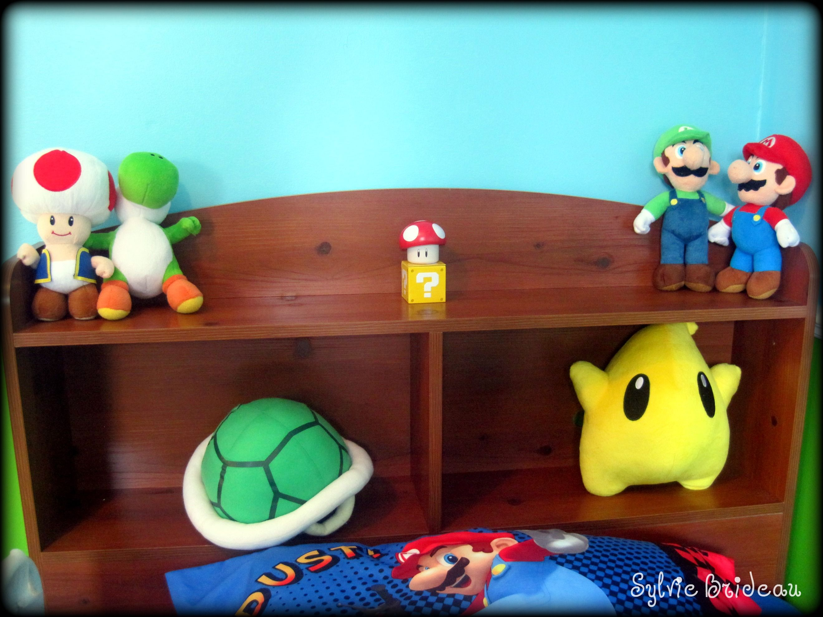 Mario Bedroom Wallpaper 17 Best Images About Super Mario Room On Pinterest Super Mario