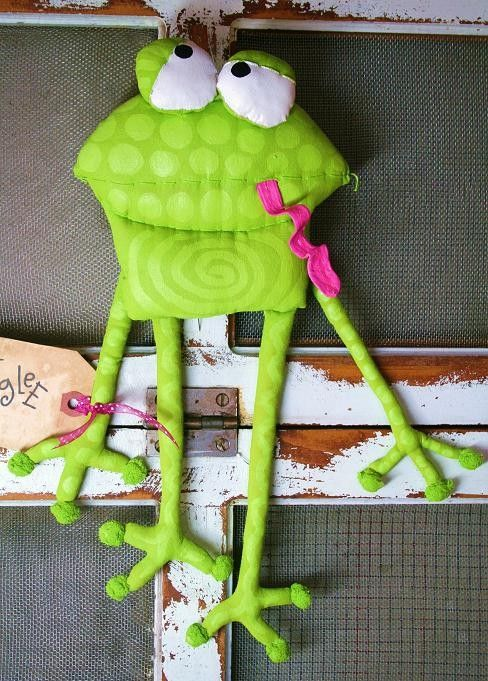 Frog OSWALD by buttuglee on Etsy