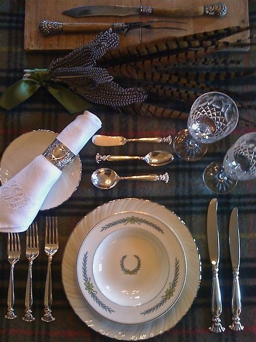 This would be beautiful for the Thanksgiving dinner table someday. Love the mix of plaid and formal place setting. & formal. setting. | Entertaining . . . | Pinterest | Formal Linens ...