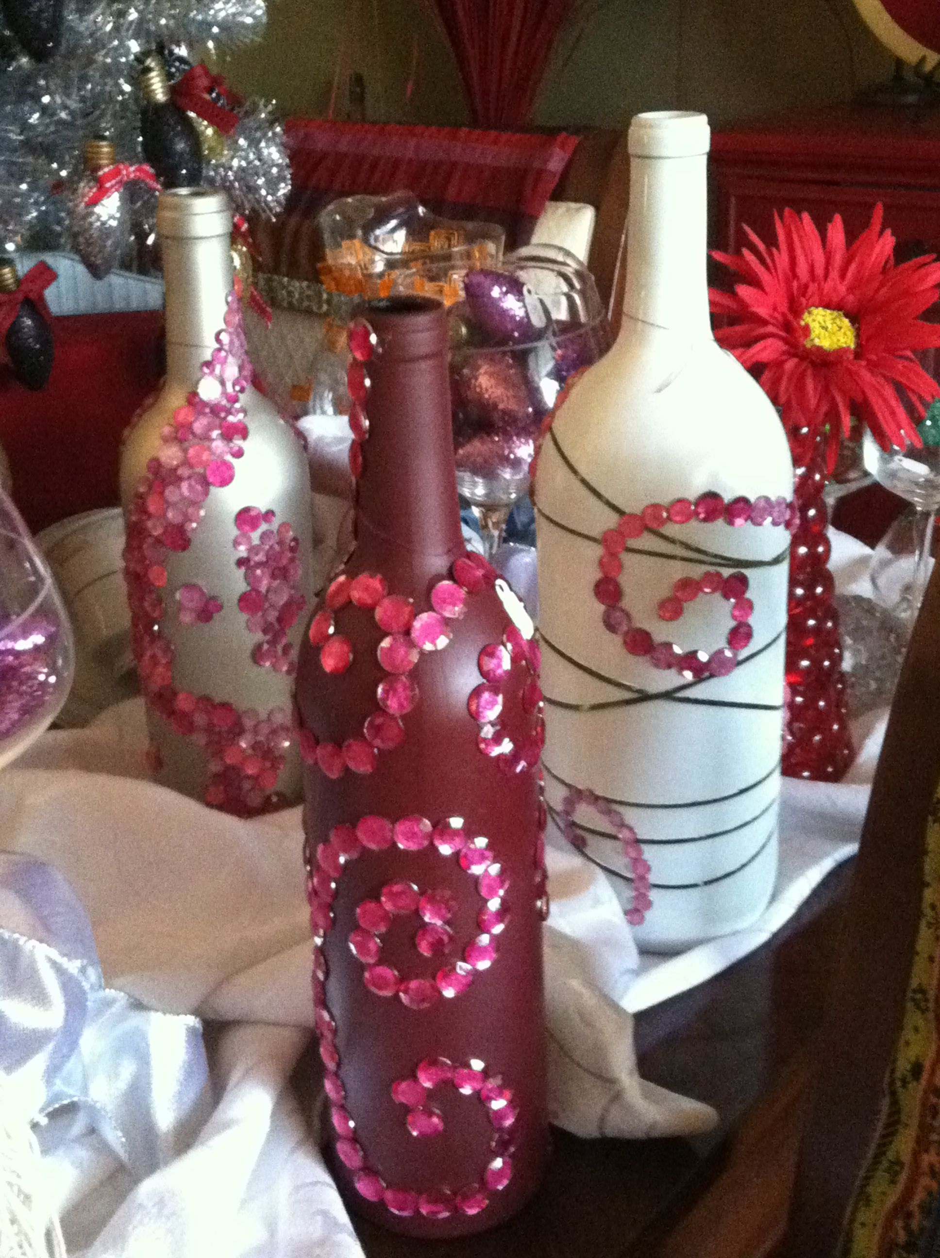 Paint Wine Bottles And Wrap In Wire Covered In Beads Bottles Decoration Liquor Bottle Crafts Wine Bottle Decor