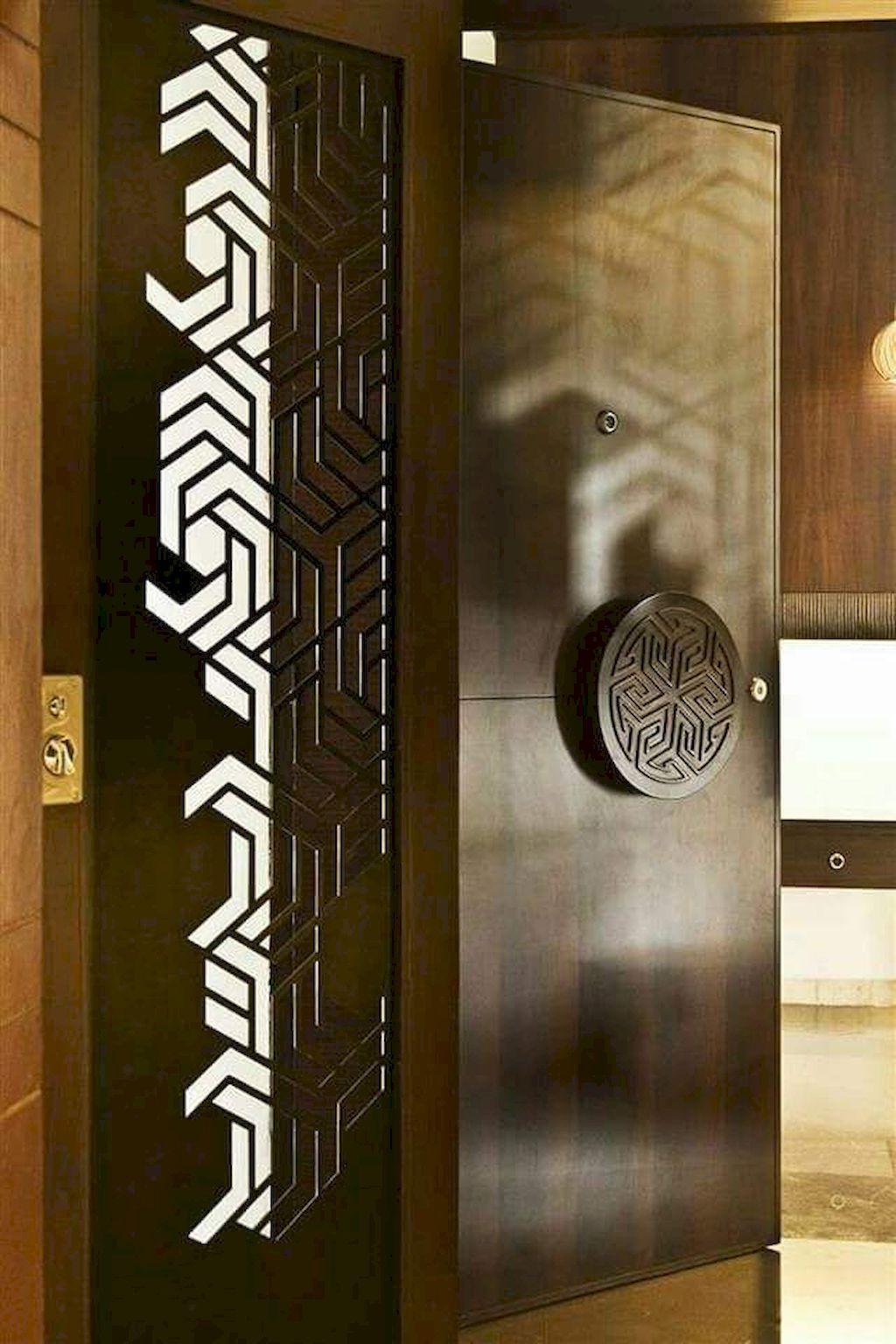 Fascinating 10 Ideas For A Special Entrance To Your Home Https Homemidi Com 2019 04 04 10 Ideas For Main Door Design Entrance Door Design Home Door Design