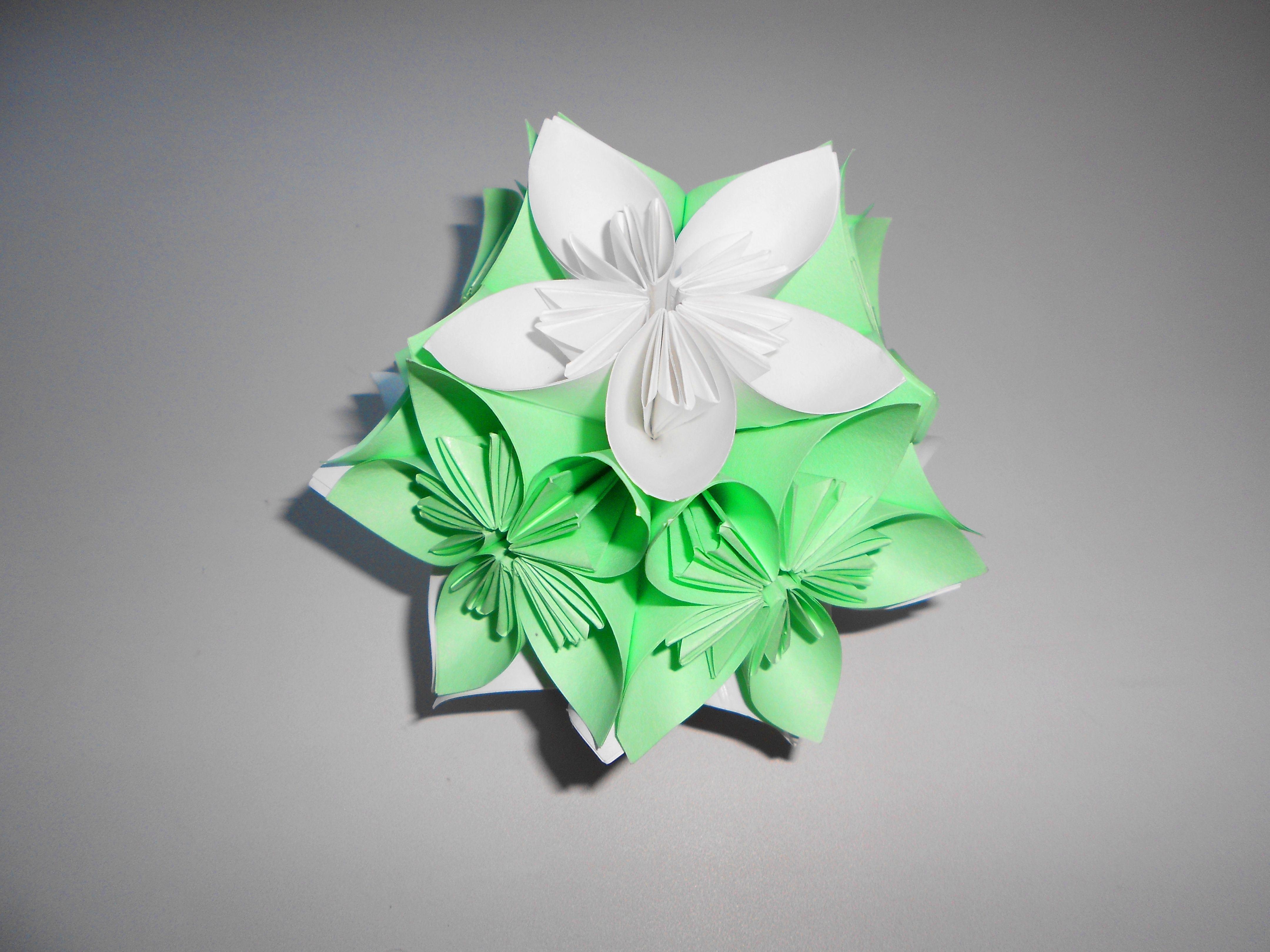 Шарик объемный как цветок
