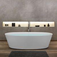 Freistehende Badewanne Aus Corian. Wandspachtelung TerraDiStone Exklusiv  Bei Gasteiger Badarchitektur. Beleuchtete Nische.