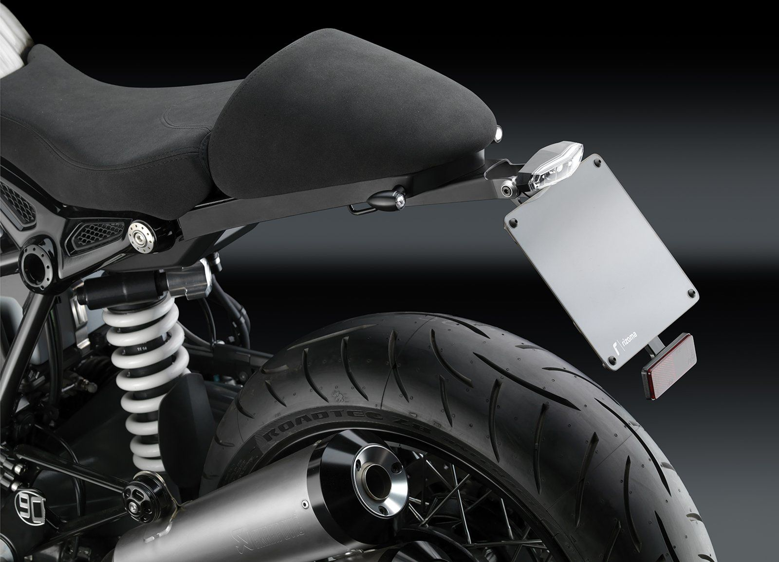 What are the custom seat options available for the r9t bmw ninet forum