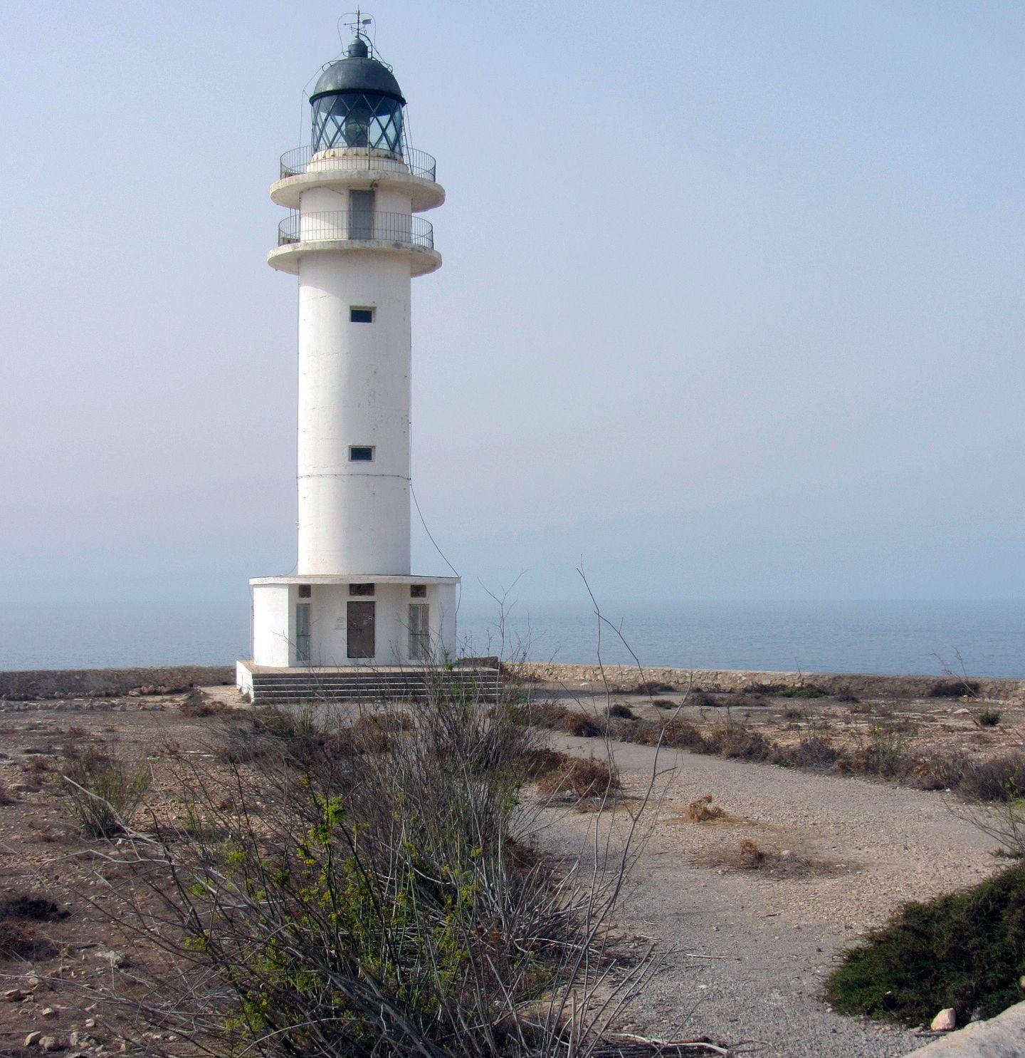 Viajes A Formentera Visitar Baleares Lighthouse Pictures Beautiful Lighthouse Lighthouse Lighting