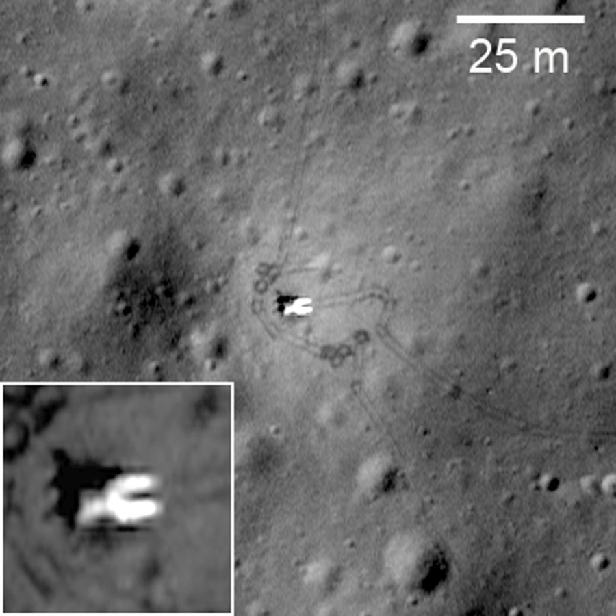 луноход фото на луне место посадки приблизительно одинаковый