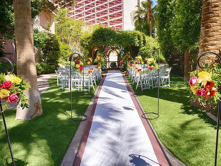 9 unforgettable las vegas wedding venues vegas wedding venue las 9 unforgettable las vegas wedding venues junglespirit Image collections