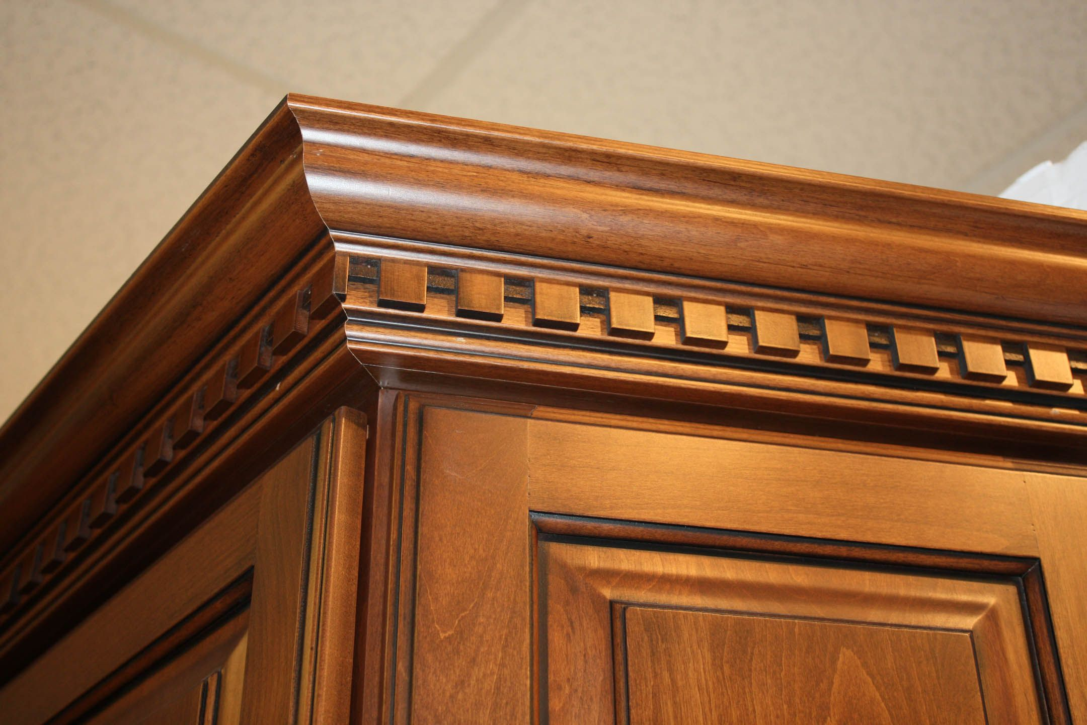 Crown Moulding With Dentil Insert Building A House Corbels Cottage