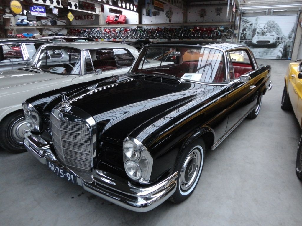 1965 mercedes benz w111 112 220 se coup black classic driver market mercedes pinterest. Black Bedroom Furniture Sets. Home Design Ideas