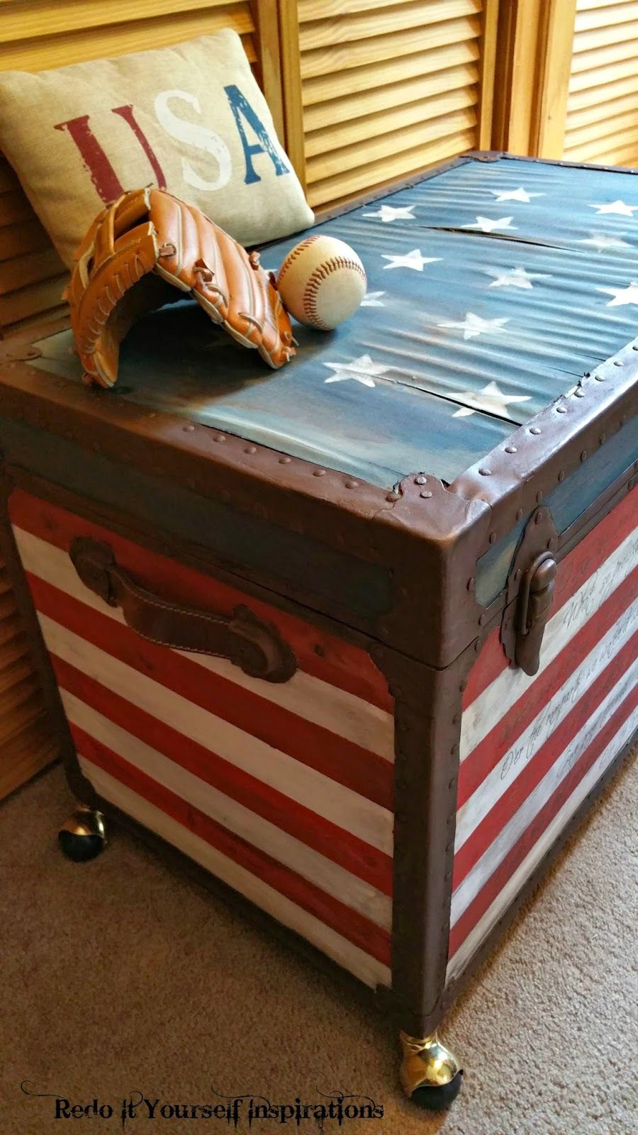 Exceptionnel Painted Flag Trunk #DIY #furniturepainting #starsandstripes #americanflag  #antiquetrunk #homedecor   Www.countrychicpaint.com/blog