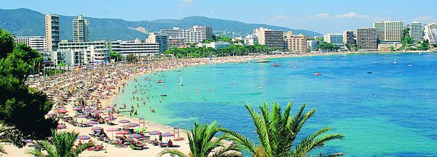hermosa playa en España <3
