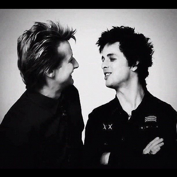 Green Day Billie Joe and Tre Cool.@bj_unoxx | You be quiet ...