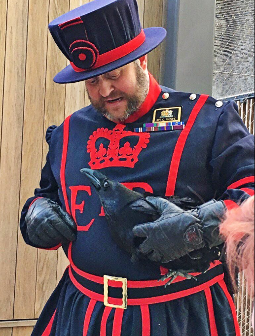 We Met The Tower Of London S Ravenmaster And His Insanely Cool Ravens Tower Of London London London Love