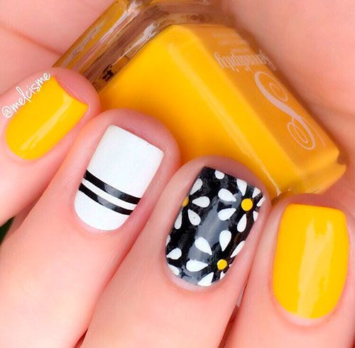 Fancy Squoval Summer Yellow And Black Nails Shortnails Summernails Summernailart Summernaildesigns Summern Yellow Nails Yellow Nail Art Black Nail Designs