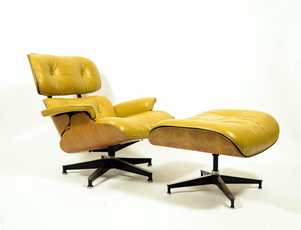 Lounge Stoel Met Voetenbank.Eames Lounge Chair Ottoman 670 671 Walnoot Geelbruin Leer