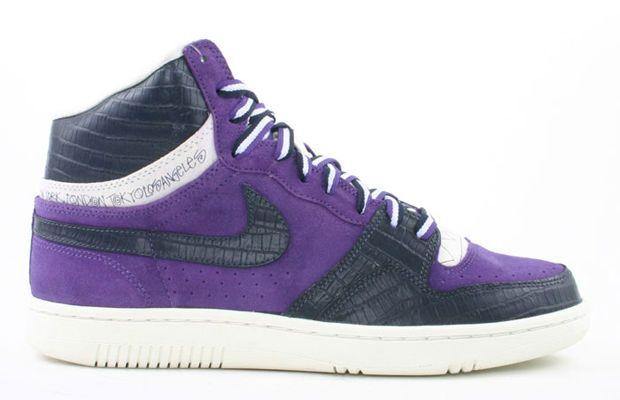 separation shoes 19f00 b5b0f Stüssy x Nike Court Force