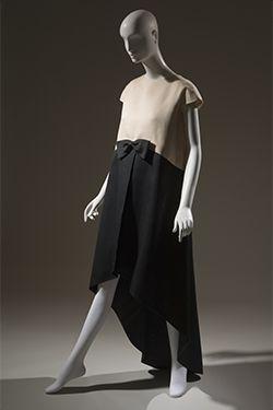 Cristóbal Balenciaga, evening dress, 1968, gift of Mrs. Ephraim London, Mrs. Rowland Mindlin and Mrs. Walter Eytan. in memory of Mrs. M. Lincoln Schuster. 78.134.6