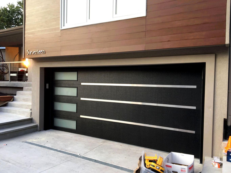 26 Stylish Cost To Install Hardwood Floors Homewyse Puertas De Garaje Modernas Puertas De Garaje Puertas De Aluminio