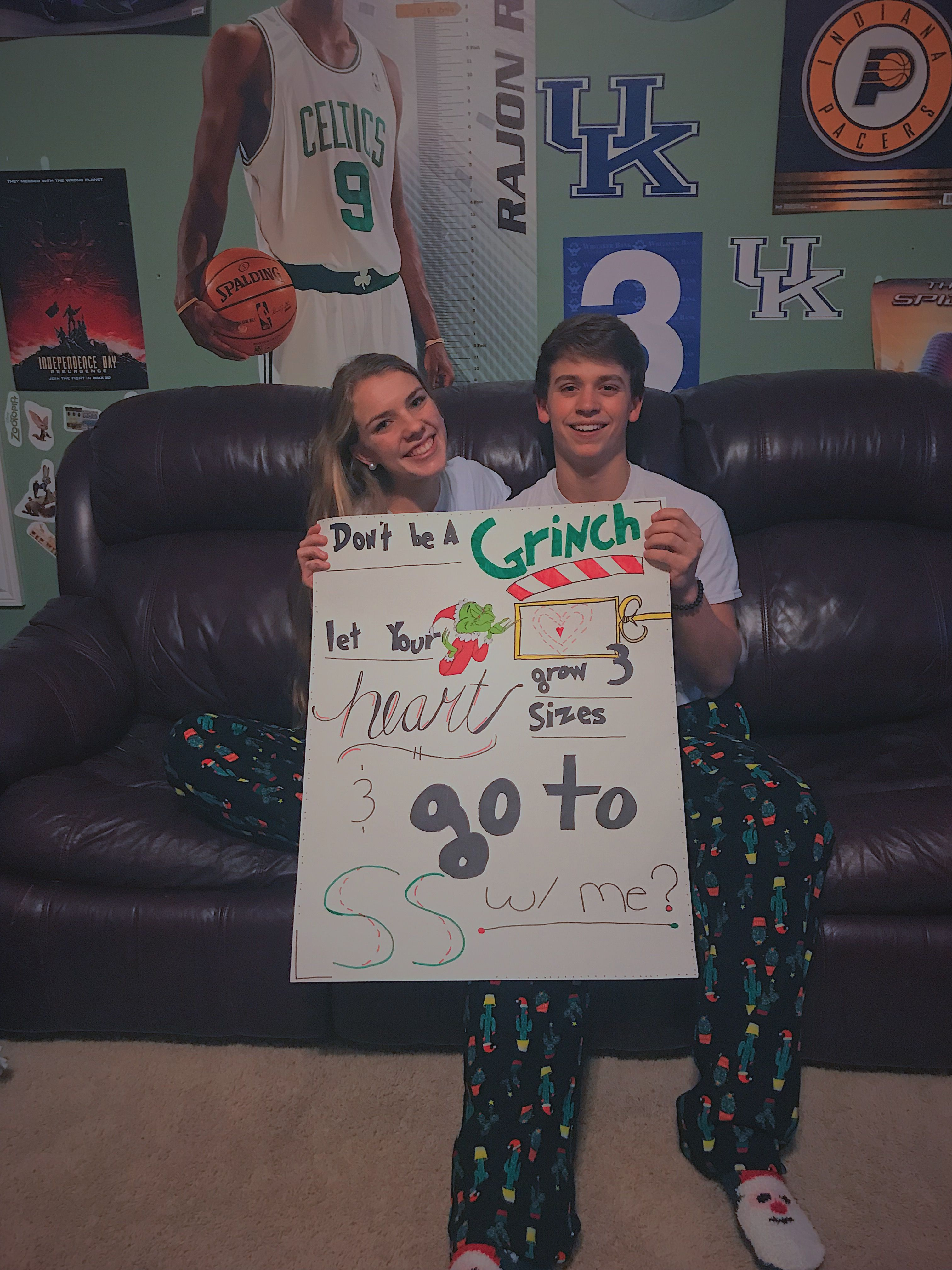 Christmas Homecoming Proposal.The Grinch Promposal Grinch Prom Promposal