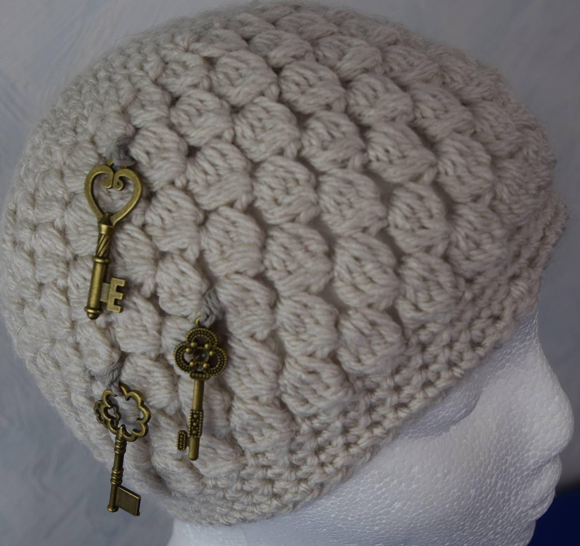 Pompöse Damen Mütze Mit Muschelmuster Und Schlüssel Applikation Ku