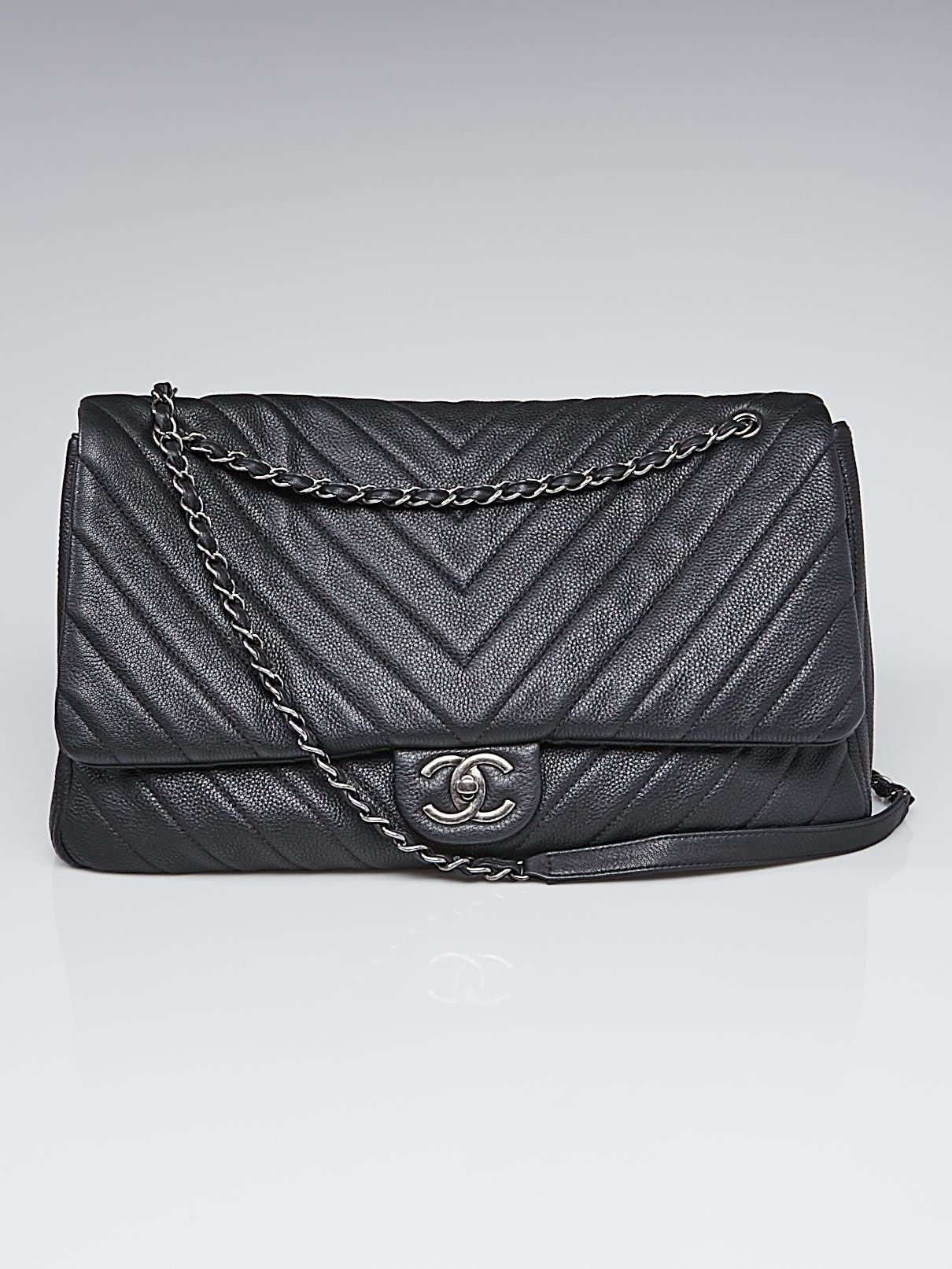 Chanel Black Chevron Quilted Lambskin Leather Classic Medium Double Flap Bag Used Chanel Bags Chanel Chevron Bag Chanel Bag