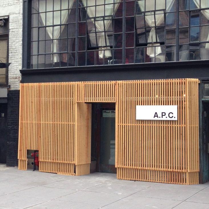 A p c shop s p a c e for Retail exterior design