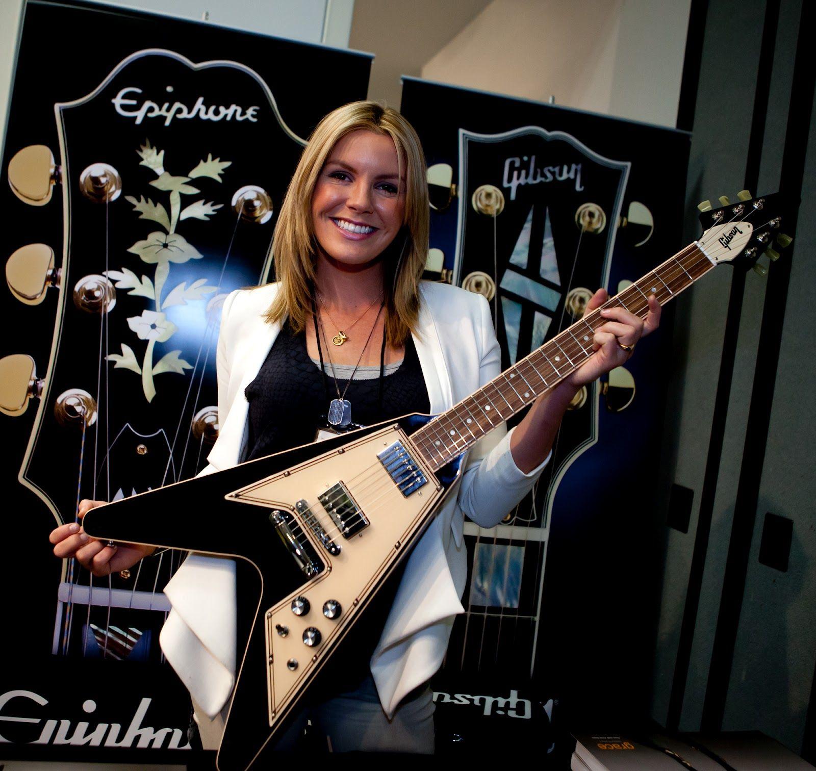 Grace Potter Signature Gibson Flying V  Female Guitarists -8844