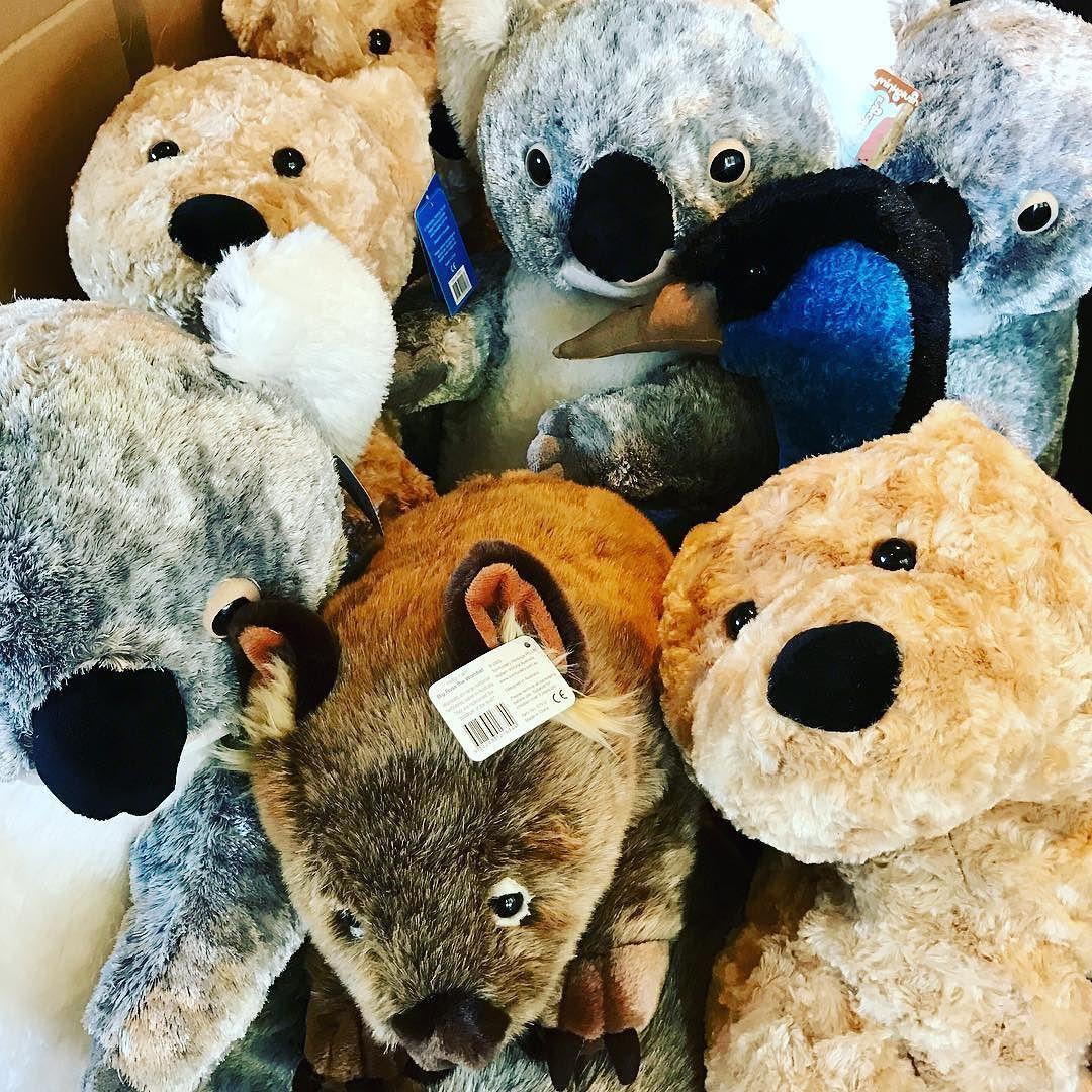Amazon Com Pillow Pets Originals Teddy Turtle 18 Stuffed Animal Plush Toy Toys Games