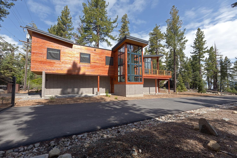 Lake tahoe vacation rentals tahoe getaways homewood contemporary lakeview