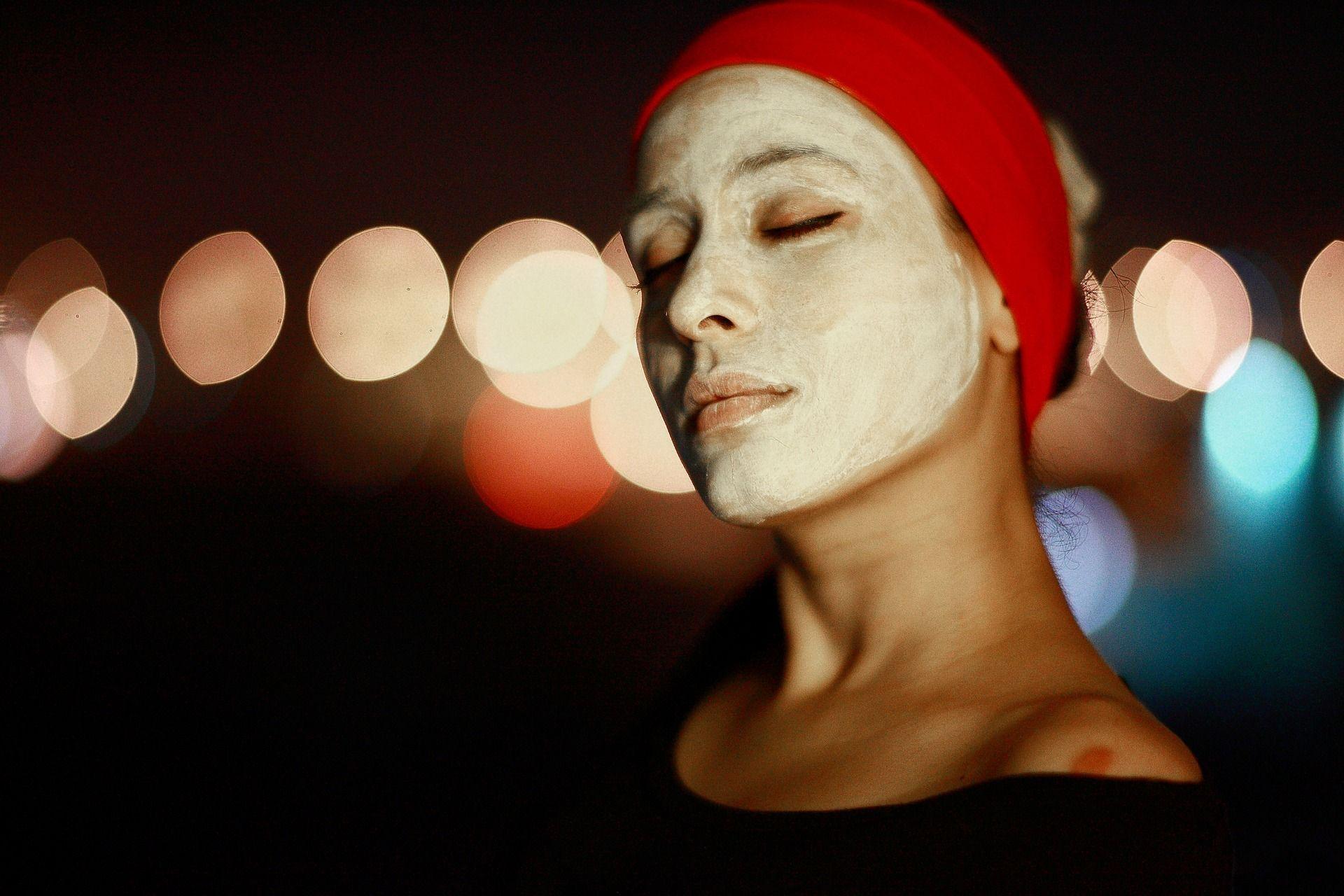 Cilt lekelerine doğal maskeler