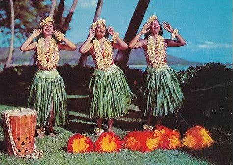 OO POSTCARD POLYNESIAN CULTURAL CENTER LAIE OAHU HAWAII