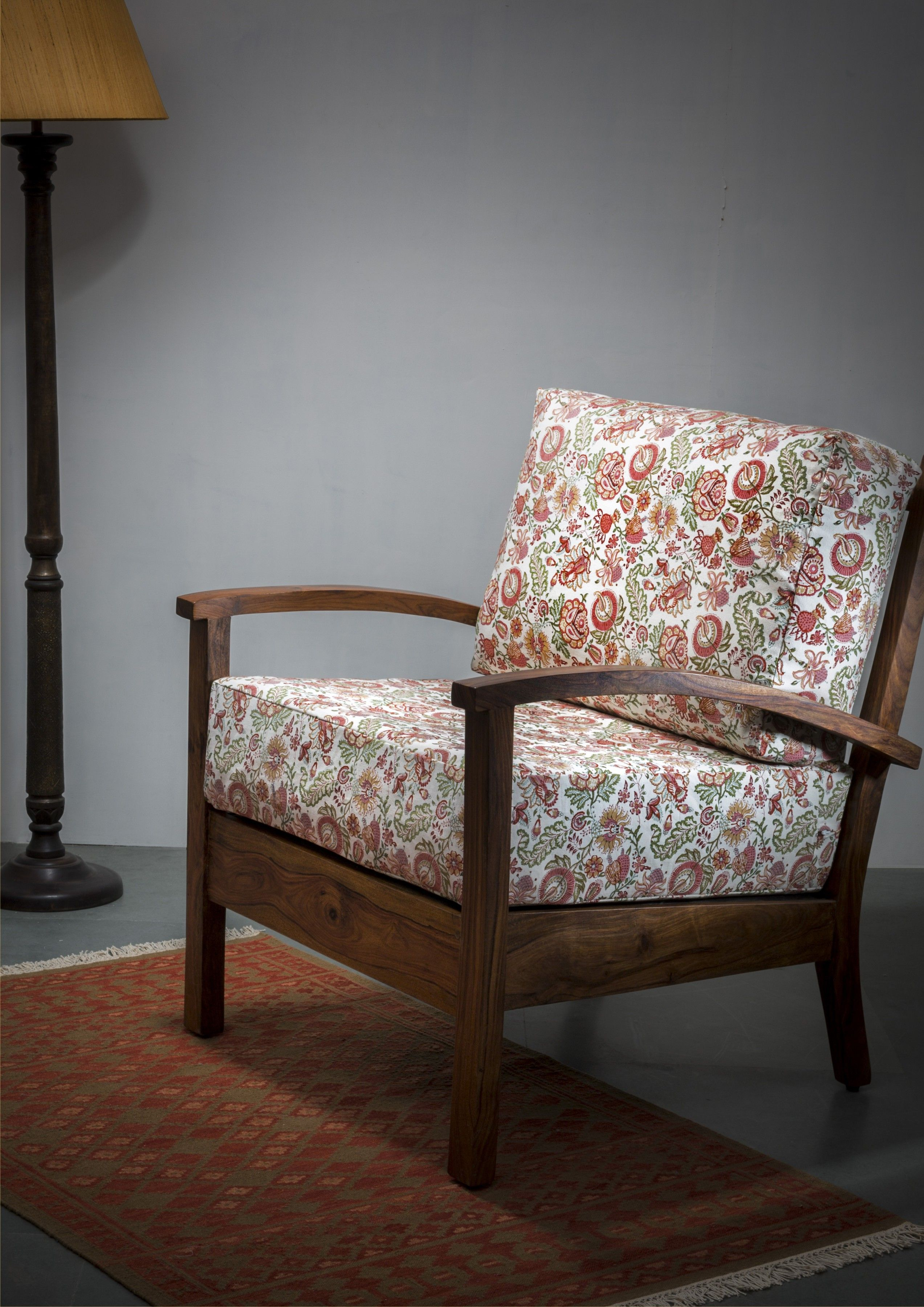 Wooden Furniture Living Room Designs: #sofa #upholstery #print #floral #cosy #living #decor