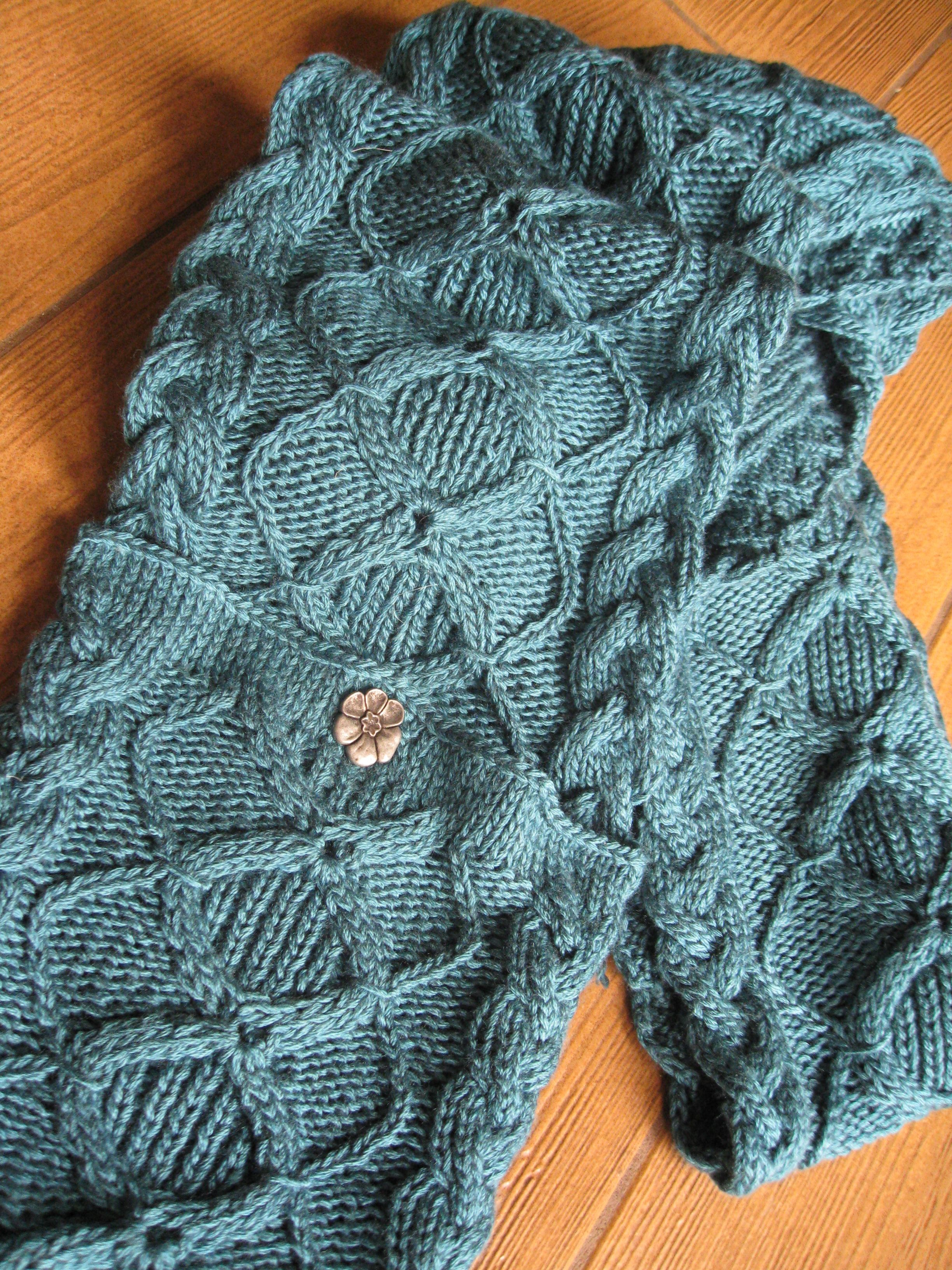 Irish Hooded Scarf - I love cables. I\'m sure this is above my skill ...