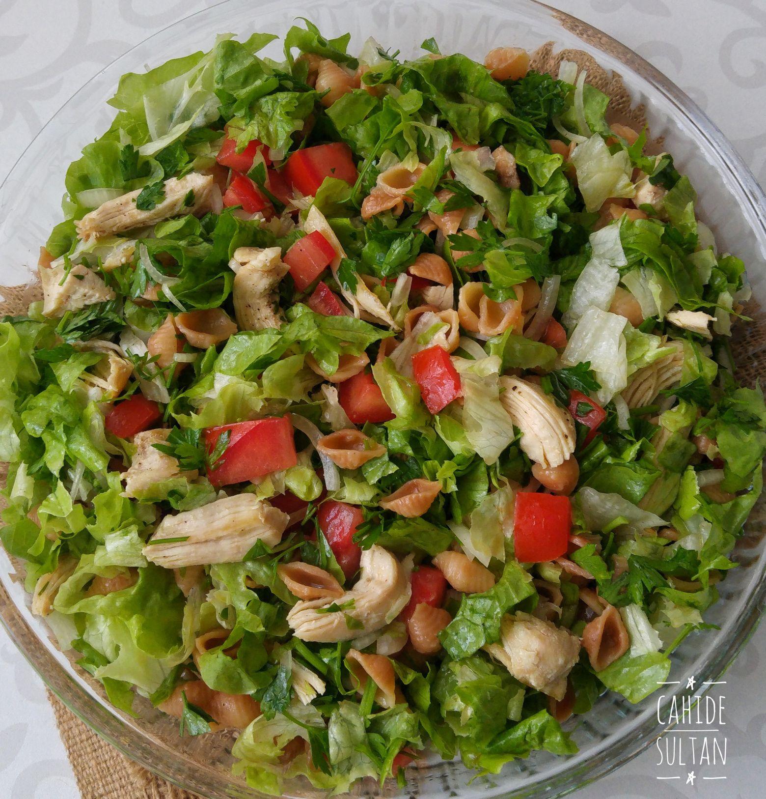 Tavuklu Makarna Salatası Tarifi – Çok beğeni alan harika bir salata tarifi