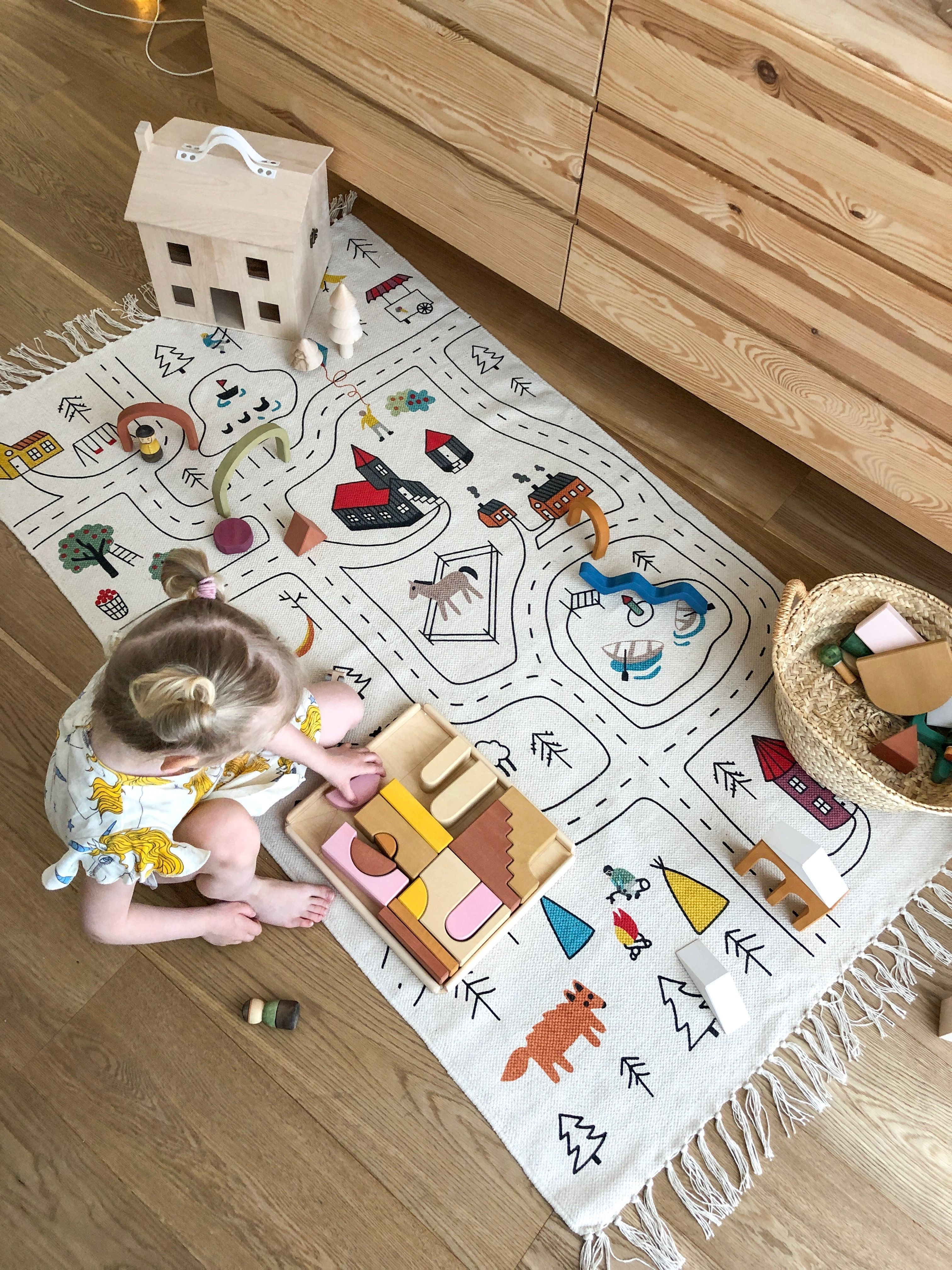 Little Explorer S Play Rug By Lakaluk